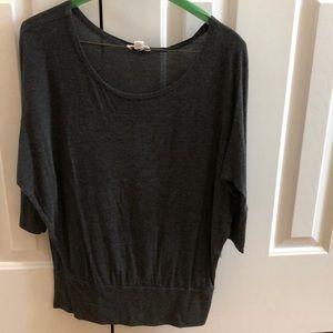 3/4 length sleeves top